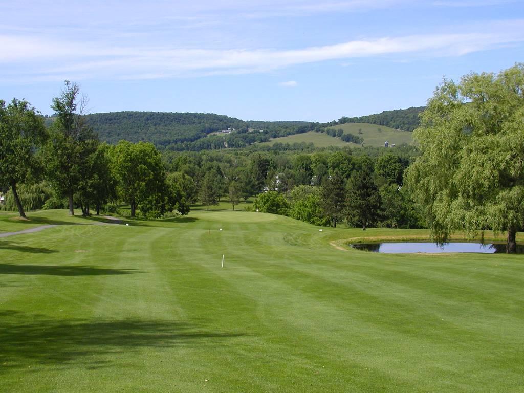 Tioga Golf Club Hole 1