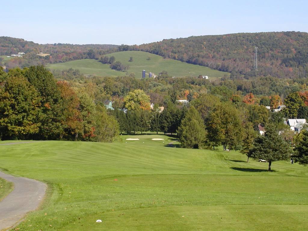 Tioga Golf Club Hole 10