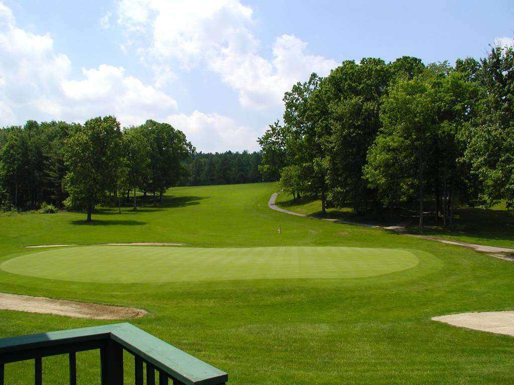 Golf Club 18th Green
